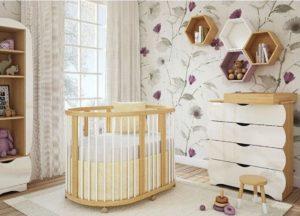 Кроватка для новорожденного ребенка