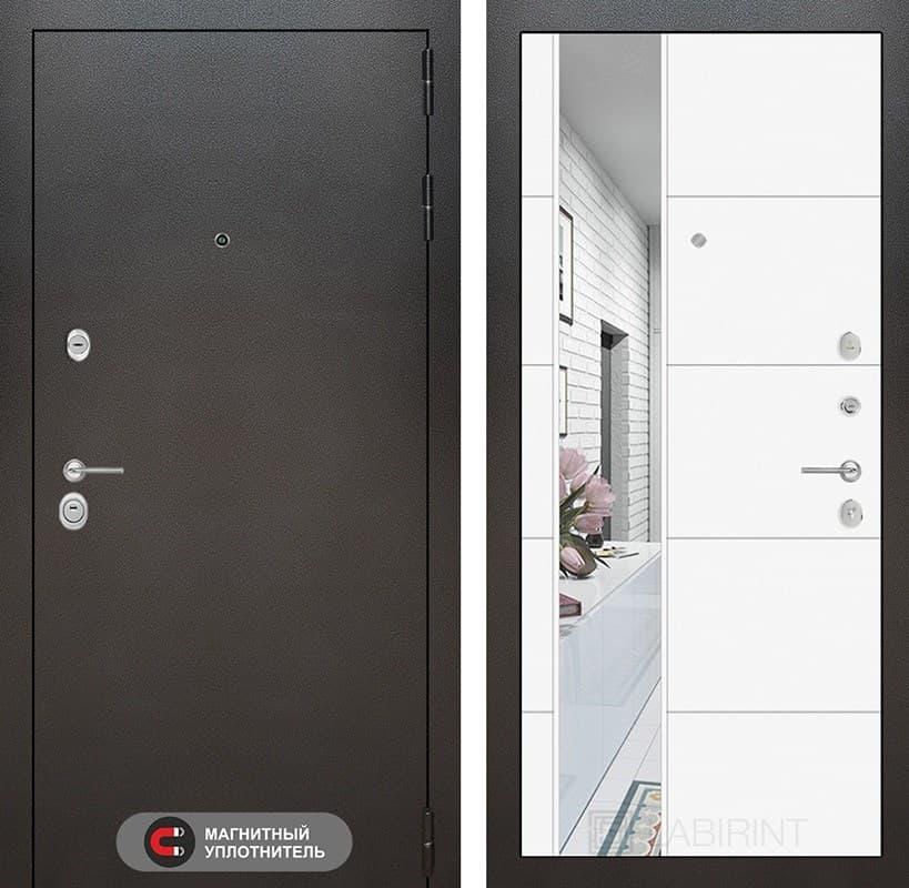Входная дверь Лабиринт Сильвер 19 Зеркало (Антик темное серебро / Белый софт)
