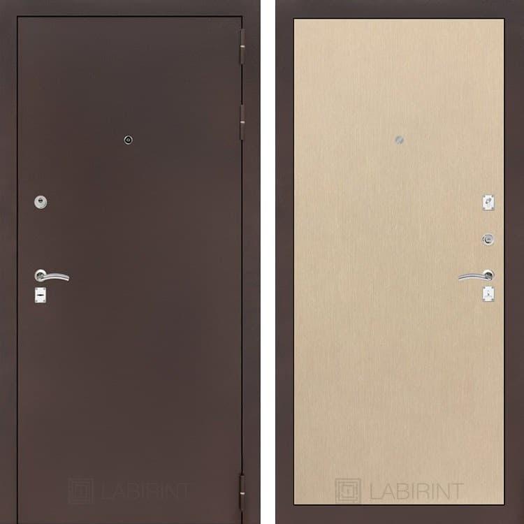 Входная металлическая дверь Лабиринт Классик 5 (Антик медный / Венге светлый)
