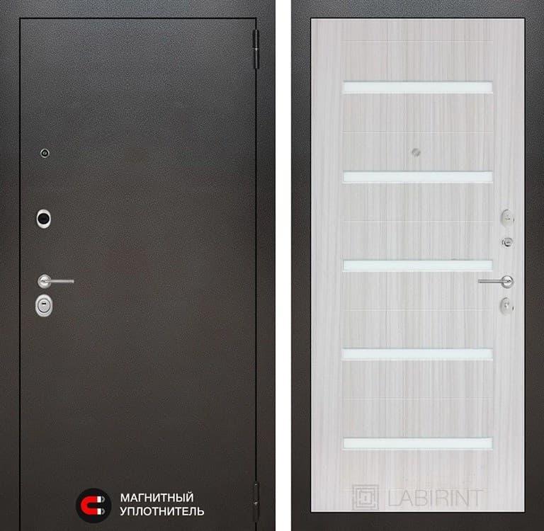 Входная металлическая дверь Лабиринт Сильвер 1 (Антик темное серебро / Сандал белый)