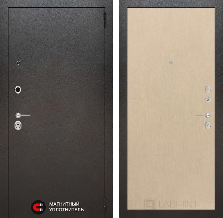 Входная металлическая дверь Лабиринт Сильвер 5 (Антик темное серебро / Венге светлый)