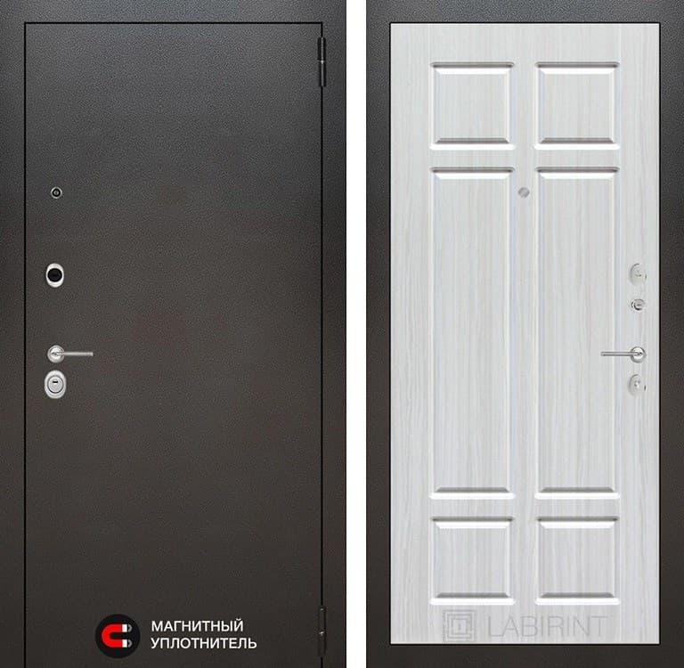 Входная металлическая дверь Лабиринт Сильвер 8 (Антик темное серебро / Кристалл Вуд)