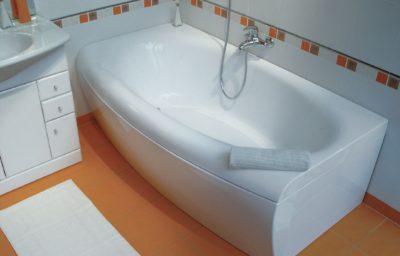 На что смотреть выбирая акриловую ванну