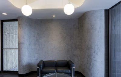 Оригинальные стены при помощи декоративной штукатурки