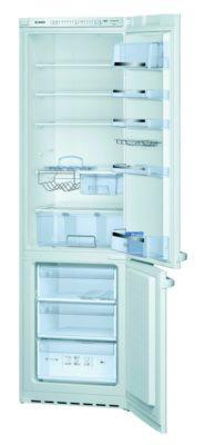 Куда пристроить холодильник на кухне