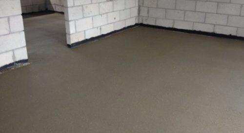 Цементная стяжка пола: завершающий этап