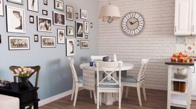 Как использовать пустую стену на кухне? Часы и картины